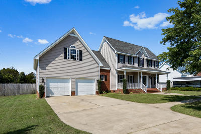 Sanford Single Family Home For Sale: 21 Canyon Court