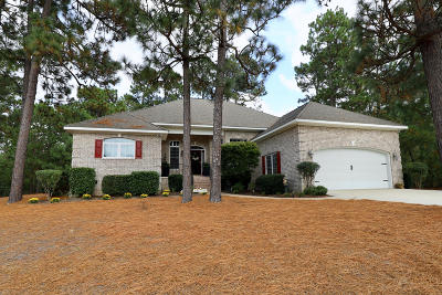 Seven Lakes, West End Single Family Home For Sale: 250 Paula Court