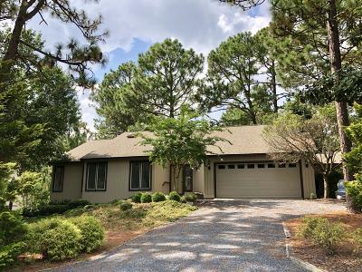 Pinehurst Single Family Home For Sale: 21 Peachtree Lane