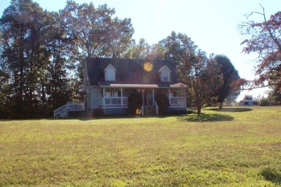 Rutherfordton Single Family Home Cont W/Due Diligence: 353 Duncan Road
