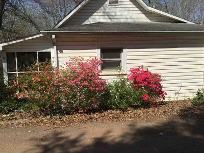 Rutherfordton NC Single Family Home For Sale: $69,000
