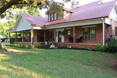 Rutherfordton, Bostic, Ellenboro, Forest City Single Family Home For Sale: 520 East Main St.