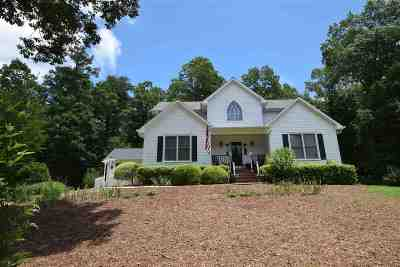 Rutherford County Single Family Home For Sale: 715 Moss Drive