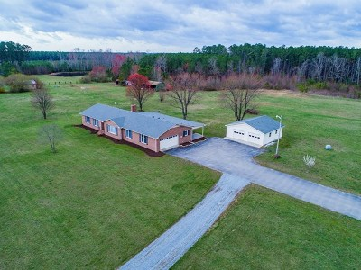 Brunswick County Single Family Home For Sale: 8631 Christanna Highway