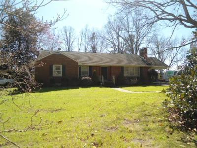 Brunswick County Single Family Home For Sale: 80 School