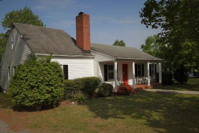 Brunswick County Single Family Home For Sale: 8959 Christanna Hwy