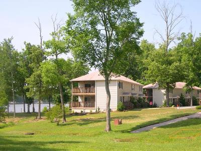 Littleton Single Family Home For Sale: F-1 Gaston Pointe Road