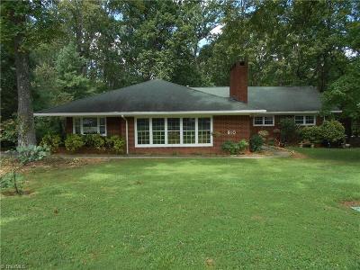 Reidsville Single Family Home For Sale: 910 Oakcrest Drive
