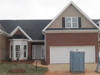 Whitsett Condo/Townhouse For Sale: 6502 Donahue Drive