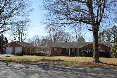 Stoneville Single Family Home For Sale: 112 Church Street S