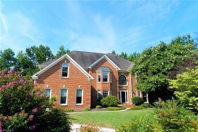 Oak Ridge Single Family Home For Sale: 6001 Dunvagen Court