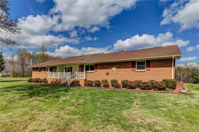 Reidsville Single Family Home For Sale: 801 Camp Dan Valley Road