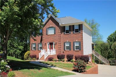 Oak Valley Single Family Home For Sale: 135 Lonetree Circle