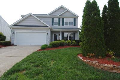 Winston Salem Single Family Home For Sale: 6010 Glen Way Drive