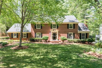 Greensboro Single Family Home For Sale: 319 Willoughby Boulevard