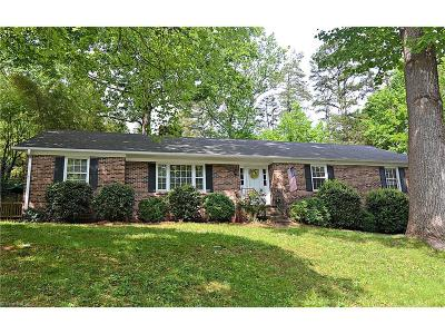 Single Family Home For Sale: 810 Chartwell Circle