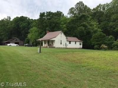Mocksville Single Family Home For Sale: 495 Turkey Foot Road