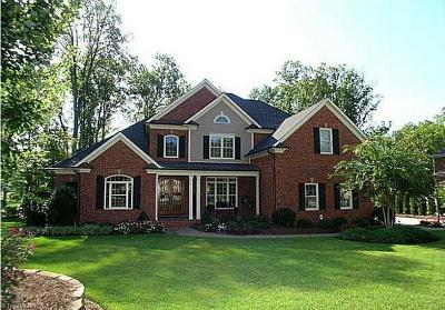 Greensboro Single Family Home For Sale: 3207 Olde Sedgefield Way
