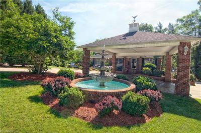Lexington, Salisbury, Denton, Richfield Single Family Home For Sale: 470 Deer Lake Run