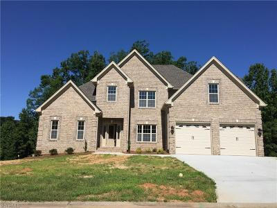 Clemmons Single Family Home For Sale: 5052 Woodmont Ridge Court