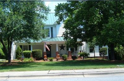 Stoneville Single Family Home For Sale: 311 E Main Street
