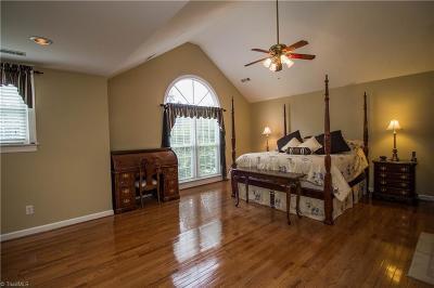 Kernersville Single Family Home For Sale: 240 Birchridge Drive