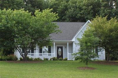 Summerfield Single Family Home For Sale: 5600 Horse Farm Road