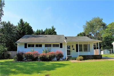 Winston Salem Single Family Home For Sale: 2806 Hermitage Drive