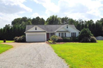 Stokesdale Single Family Home For Sale: 8601 Fulp Road