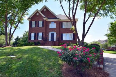 Advance Single Family Home For Sale: 123 Foxmoor Court