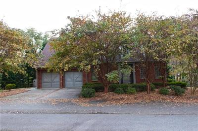 Winston Salem Single Family Home For Sale: 105 Candlewyck Drive