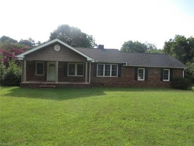 Gibsonville Single Family Home For Sale: 6000 Apple Wyrick Road