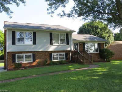 Clemmons West Single Family Home For Sale: 7015 Idols Road