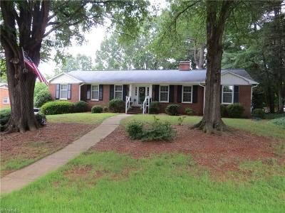 Clemmons West Single Family Home For Sale: 135 Nottidge Court