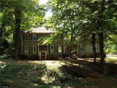 Alamance County Single Family Home For Sale: 2205 Crescent Drive