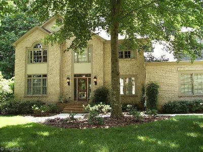Guilford County Single Family Home For Sale: 7 Elm Grove Way