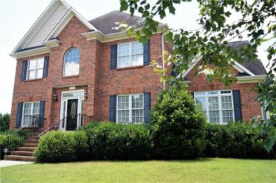 Lewisville Single Family Home For Sale: 530 Riding Ridge Lane