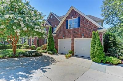 Guilford County Single Family Home For Sale: 19 Beech Ridge Court
