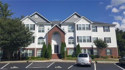 Greensboro Condo/Townhouse For Sale: 4306 Timberbrooke Drive #1-C