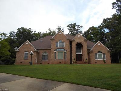 Rockingham County Single Family Home For Sale: 816 Oak Ridge Drive