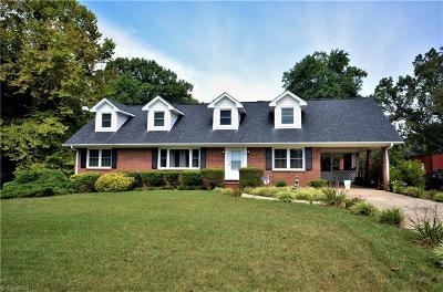 Kernersville Single Family Home For Sale: 1090 Foxfire Road