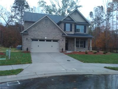 Clemmons Single Family Home For Sale: 6121 Barrington Oaks Drive