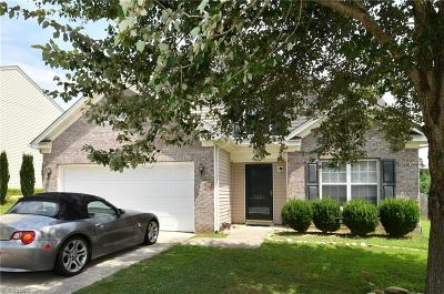 Winston Salem Single Family Home For Sale: 4261 Paula Drive