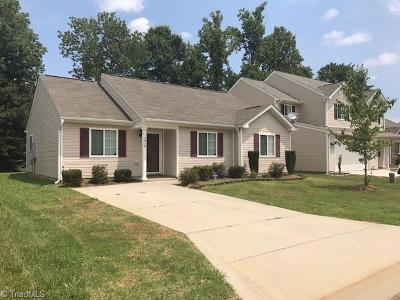 Guilford County Single Family Home For Sale: 3919 Shepway Loop