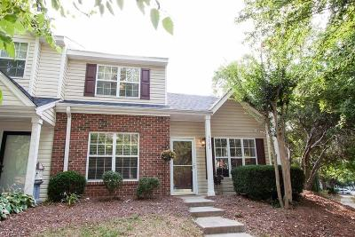 Guilford County Condo/Townhouse For Sale: 3723 Winborne Lane