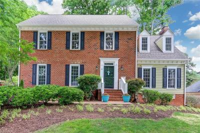 Greensboro Single Family Home For Sale: 4 Heathrow Court