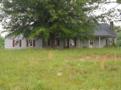 Mocksville Single Family Home For Sale: 1101 Cornatzer Road