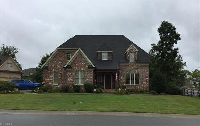 Alamance County Single Family Home For Sale: 915 Tremore Club Drive
