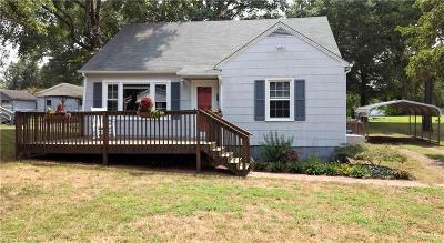 Mocksville Single Family Home For Sale: 611 Garner Street