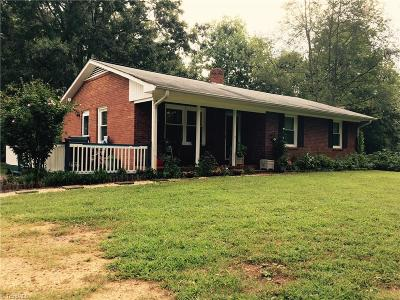 Advance Single Family Home For Sale: 960 Yadkin Valley Road